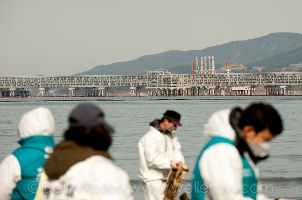 shindeok, yeosu oil spill, yeosu, south korea, oil spill