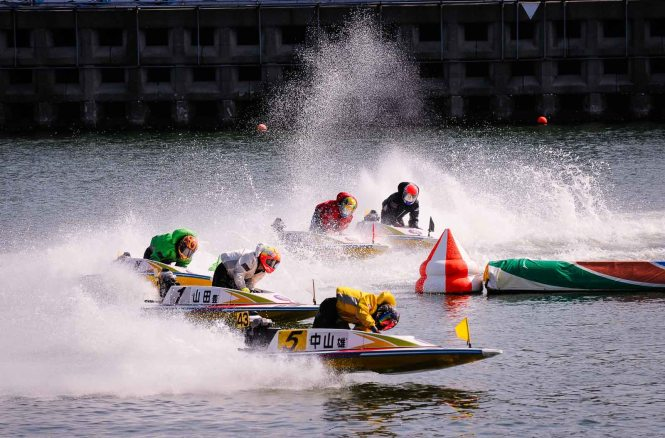 kyotei boat race, japan